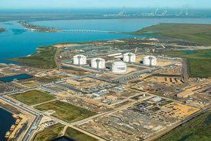 Petronas, Cheniere ký thỏa thuận bán LNG từ dây chuyền Sabine Pass thứ sáu