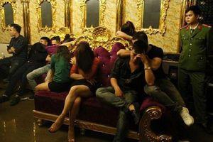 Tin mới nhất vụ lãnh đạo NH 'thác loạn' bằng ma túy ở quán karaoke: Khởi tố 3 đối tượng liên quan