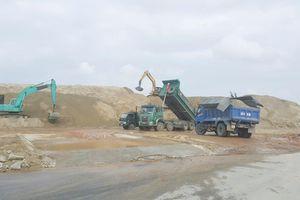 Đà Nẵng – Bài 2: Các bãi tập kết cát trái phép ở Ngũ Hành Sơn, càng cấm càng tăng mạnh!