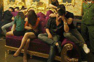Nữ giáo viên mang ma túy vào buổi 'tiệc' thác loạn ở Hà Tĩnh chỉ bị phạt hành chính