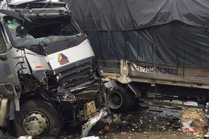 Container tông liên hoàn trên quốc lộ, 2 người tử vong