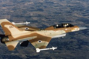 Nga: Israel không kích Syria đe dọa trực tiếp 2 máy bay chở khách