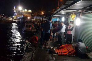 3 người thương vong trong vụ lật tàu cao tốc nghiêm trọng