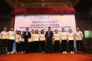 Đội 'Hỗ trợ du lịch Thăng Long – Hà Nội' hướng dẫn cho hơn 36.000 lượt du khách