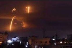 Công bố clip phòng không Syria chặn tên lửa Israel trên bầu trời Damascus