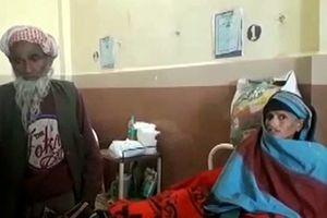 Bà lão 65 tuổi hạ sinh bé gái khỏe mạnh, hạnh phúc bên chồng 80 tuổi