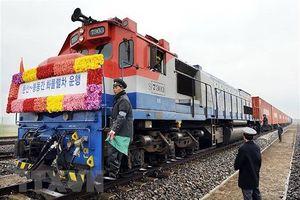 Triều Tiên – Hàn Quốc tổ chức động thổ hai dự án giao thông liên Triều