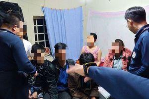 Hình ảnh đầu tiên về 3 người Việt bị bắt ở Đài Loan trong số 152 người bỏ trốn