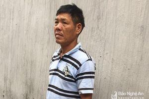 Người đàn ông vác dao vào trụ sở 'tìm' chủ tịch phường