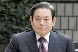 Công tố viên Hàn Quốc hoãn truy tố Chủ tịch Samsung Lee Kun-hee