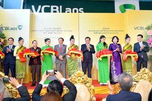 Tài chính ngân hàng dẫn đầu vốn đầu tư của Việt Nam ra nước ngoài