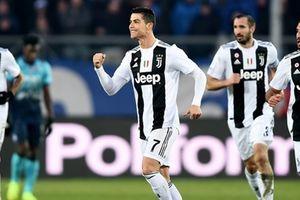 Cristiano Ronaldo lập công, Juve 'nhọc nhằn' giữ mạch bất bại
