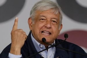 Mexico sẽ điều tra vụ rơi máy bay khiến vợ chồng thống đốc tử nạn