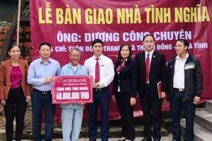 Agribank Hà Tĩnh II bàn giao nhà tình nghĩa cho hộ nghèo