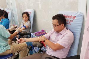 Ngân hàng máu TP.HCM đang... thiếu máu