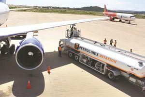 Lữ hành bùng nổ, Việt Nam khát nhiên liệu máy bay