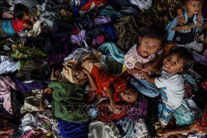 Indonesia sơ tán hàng chục nghìn dân do nguy cơ tiếp tục xảy ra sóng thần