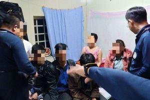 Đài Loan huy động tới 700 người để tìm 152 du khách Việt