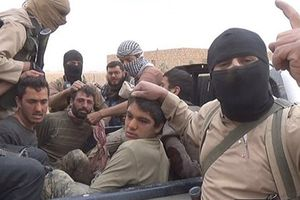 Không có Mỹ, dân quân người Kurd vẫn đánh bật IS khỏi Đông Syria