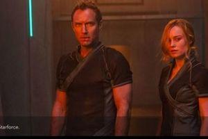 Captain Marvel lộ nhân vật của Jude Law 'rất gần gũi' với Brie Larson