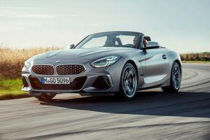 BMW Z4 phiên bản sDrive 30i có giá bán chỉ 49.700 USD