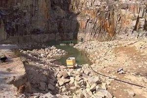 Tuyệt tình cốc Đà Lạt đã hút cạn nước chỉ còn bãi đá trơ trọi