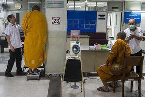 300.000 nhà sư ở Thái Lan tham gia chiến dịch chống... béo phì