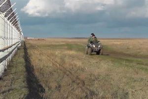 Nga dựng 60 km hàng rào an ninh dọc biên giới Crimea - Ukraine