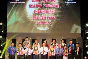 Trao giải Quả cầu vàng cho 10 tài năng trẻ xuất sắc