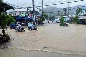 Khánh Hòa mưa to, nhiều tuyến đường ngập cục bộ