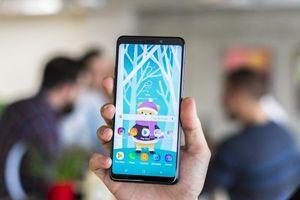 Sau camera, Samsung sẽ sớm 'nhúng' cả loa xuống dưới màn hình