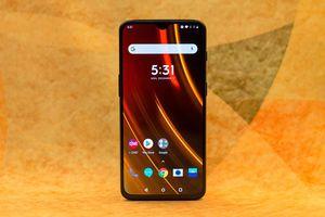 Smartphone hoàn hảo của năm 2018 sẽ lấy 'mỗi thứ một ít' từ 8 chiếc điện thoại này