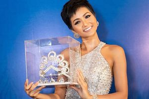 Chuyện Showbiz: H'Hen Niê được tặng vương miện Hoa hậu Hoàn vũ Thế giới