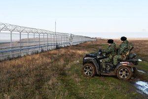 Cận cảnh hàng rào 60 km, gắn trăm loại cảm biến ngăn biên giới Nga-Ukraine ở Crưm