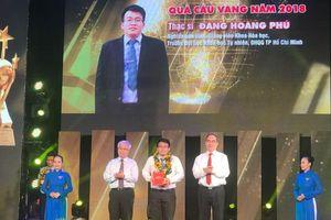 Trao giải thưởng Khoa học công nghệ thanh niên cho 10 cá nhân xuất sắc