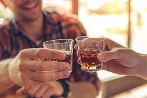 Sử dụng viên giải rượu: Tiện nhưng có lợi?
