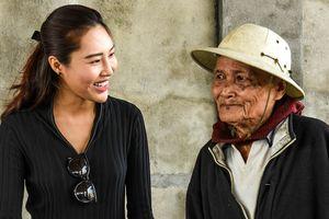 Nghệ sĩ Việt kết nối 'nụ cười trái tim' ở Quảng Ngãi