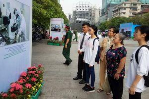 Triển lãm ảnh '320 năm Sài Gòn - TP Hồ Chí Minh - Khát vọng vươn cao'