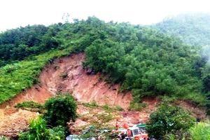 Sạt lở núi ở Khánh Hòa, 3 phụ nữ trong một gia đình tử vong