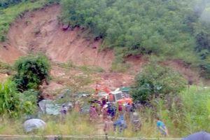 Tìm thấy nạn nhân thứ 3 trong vụ sạt lở núi ở huyện Cam Lâm