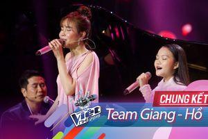 Fan 'la ó': Hà Quỳnh Như và Lưu Hương Giang chỉ cần hát, việc 'đàn đệm' cứ để chú Hồ Hoài Anh lo