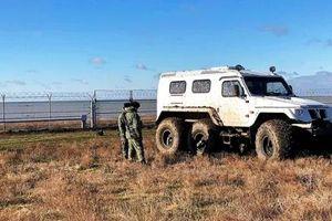 Nga hoàn thiện hàng rào an ninh tại Crimea, Ukraine chỉ trích gay gắt
