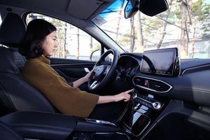 Hyundai Santa Fe 2019 sẽ được trang bị cảm biến vân tay