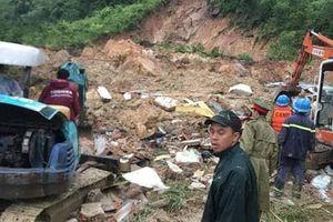 Sạt lở núi ở Khánh Hòa, 3 người trong một gia đình bị vùi lấp