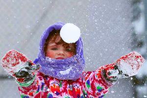 Trầm trồ nhìn người dân xứ lạnh 'thản nhiên' đến lạ trong băng tuyết