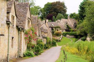 7 ngôi làng đẹp như bước ra từ truyện cổ tích
