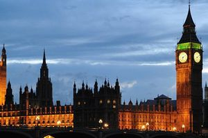 'Góa phụ trắng' - 'Mục tiêu số 1 nước Anh' đang lên kế hoạch khủng bố London?