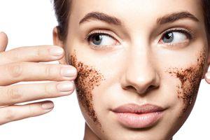 Tẩy da chết cơ học, phương pháp làm đẹp da hữu hiệu đón Tết