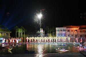Quảng Nam: Hàng ngàn du khách cùng người dân 'thắp sáng di sản', chào đón năm mới 2019