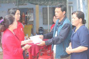 Khánh Hòa: Hỗ trợ gia đình có người bị chết, sập nhà do sạt lở núi